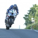 Ian Hutchinson breaks 130mph barrier to top practice with John McGuinness in close company