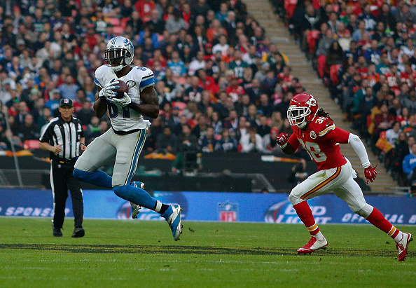LONDON, ENGLAND - NOVEMBER 01: Calvin Johnson #81 of Detroit Lions catches the pass during the NFL game between Kansas City Chiefs and Detroit Lions at Wembley Stadium on November 01, 2015 in London, England. (Photo by Alan Crowhurst/Getty Images)
