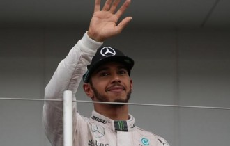 Lewis Hamilton: Snapchat storms, media blackouts and deleted tweets – why it went wrong at the Japanese Grand Prix