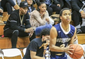 Giants' Victor Cruz returns to Paterson to watch his godfather coach Montclair Immaculate