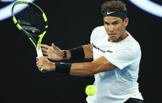 Nadal cruises through at Australian Open
