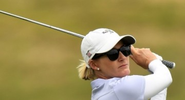 Smith takes halfway lead